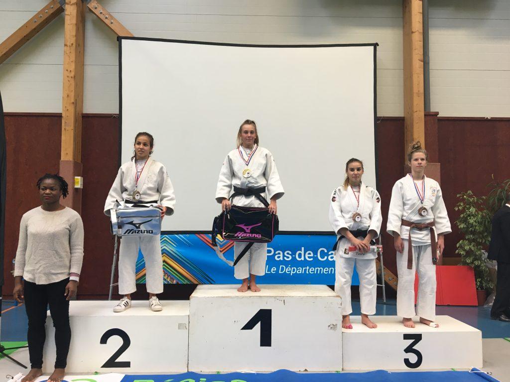 Marguerite Dupond remporte le tournoi Label A d'Avion