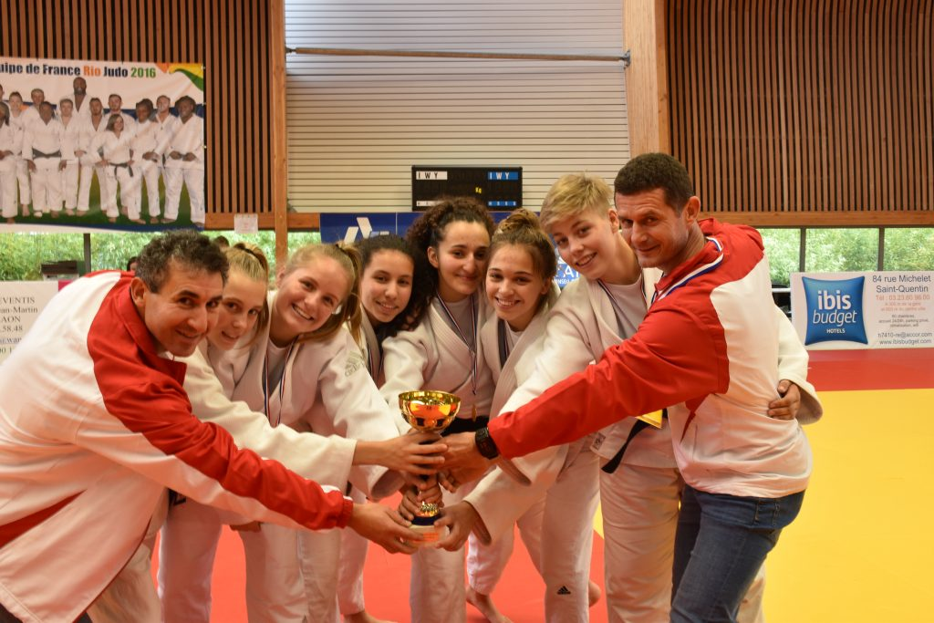 l'Iris club de Croix Judo Champion des Hauts de France par Equipe de Clubs Cadettes !
